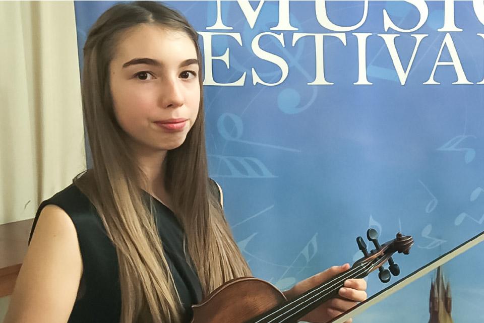violina-csr_